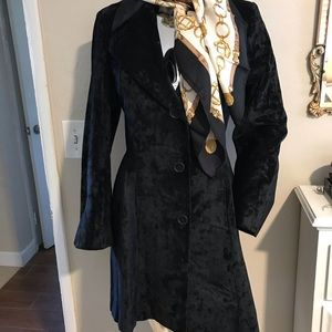 Sexy vintage blk velvet fitted coat XS